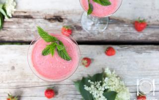 frappè-gelato-fragola-fiori-di-sambuco
