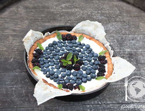 RICOTTA CAKE WITH BLUEBERRY AND RASPBERRY