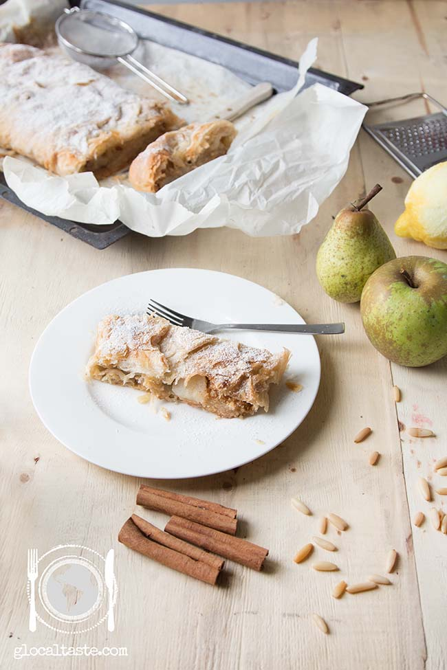 Apfelstrudel-strudel-mele-pere